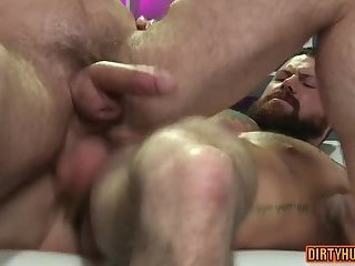 Anal,bear,muscle,gay Muscle bear anal with facial cum