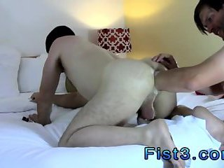 fetish,fisting,doggy style,hardcore,anal fisting,brunette,american,gay Bottom Boy Aron Fisted