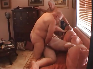 Amateur (Gay);Bears (Gay);Gay Porn (Gay);Men (Gay) Chubby boy, two daddies & a Harley