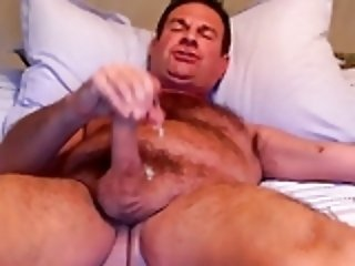Cumming in my mouth (older video)