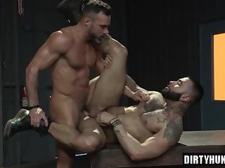 Anal,Hunks,Rimming,gay,bear,fuck,muscle Muscle bear anal sex with cumshot