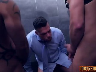 Anal,Hunks,Threesome,gay,group sex,muscle Muscle gay threesome and cumshot