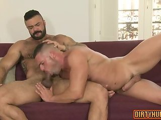 Anal,Hunks,gay,ass,bear,hardcore,muscle,muscles Muscle bear oral sex and cumshot