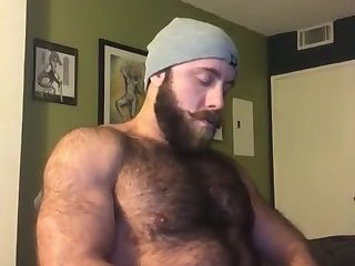 Amateur,Masturbation,Solo,hairy,muscled,beard,gay Fur covered sexy beast