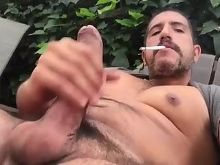 Amateur,Masturbation,Solo,Outdoors,smoking,gay Beefy stroker jerks outside and doesn't give a fuck