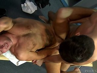 Anal,muscled,locker room,hairy ass,gay 64397_01_720p