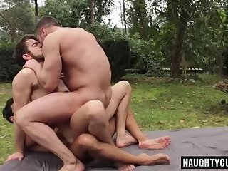 Anal,Hunks,Outdoors,Threesome,gay,ass,group sex,fuck,swallow Russian gay flip flop with cumshot
