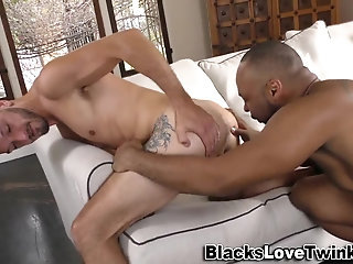 Anal,Cumshot,Amateur,Ebony,Interracial,Rimming,gay Ebony amateur cum sprays