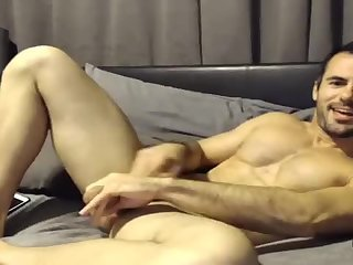 Amateur,Masturbation,Solo,Hunks,gay Cam jerker beats his thick meat and sticks a vibrator up his ass
